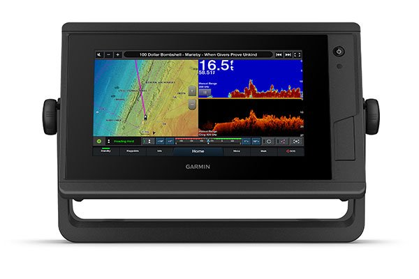 GPSMAP® 722xs Plus with sonar screen