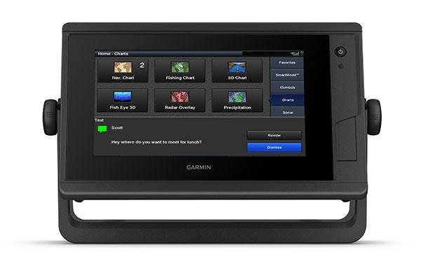 GPSMAP® 722xs Plus with ActiveCaptain app screen