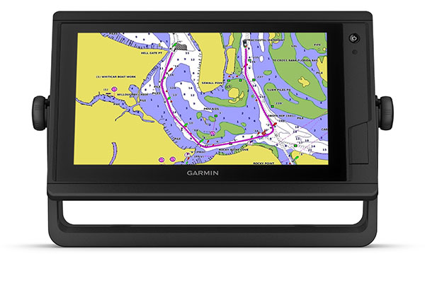 GPSMAP® 922 Plus with BlueChart g3 Vision screen