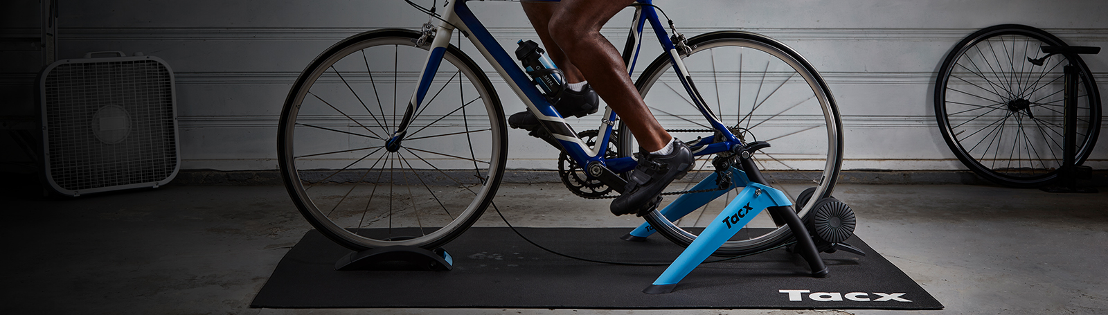 Trenażer rowerowy Tacx Boost