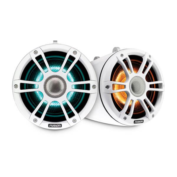 Fusion® Signature Series 3 Marine Wake Tower Speakers