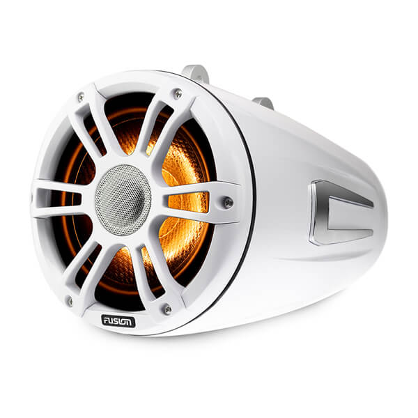 Fusion® Signature Series 3 Marine Wake Tower Speakers 3