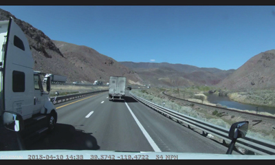 dezlcam truck sat nav with built-in dash cam