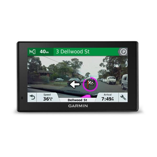 Garmin DriveAssist 51 LMT-S GPS w// Lifetime Maps Wi-Fi /& Dashcam 010-01682-02
