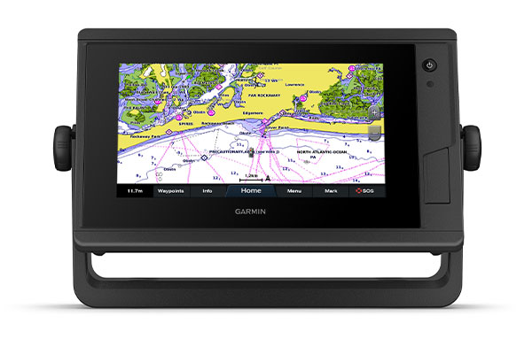 GPSMAP® 722xs Plus with maps screen