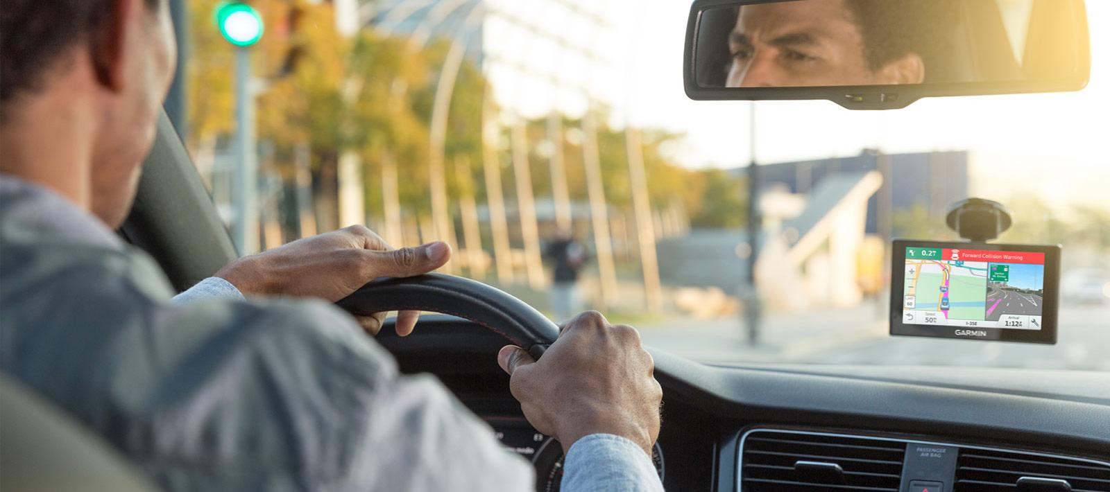 Garmin DriveAssist™